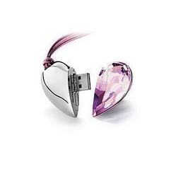 USB флашка бижу - сърце с кристал