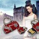 Флаш памет с форма на дамска чанта