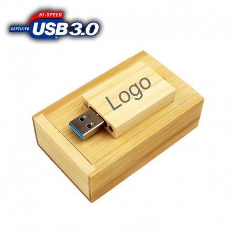 USB 3.0 флашка с кутия